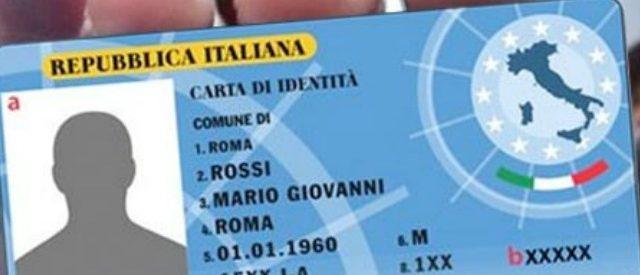 Pronti per la digitalizzazione della burocrazia in Italia? No! Ci sono ancora grossi problemi con le carte d'identità elettroniche.