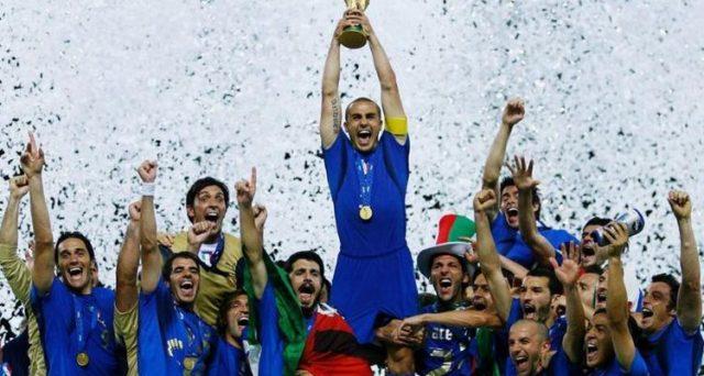 Volete vedere l'italia al mondiale? Ci pensa Netflix. Non solo, ve la fa anche vincere. Furbata e operazione nostalgia insieme.