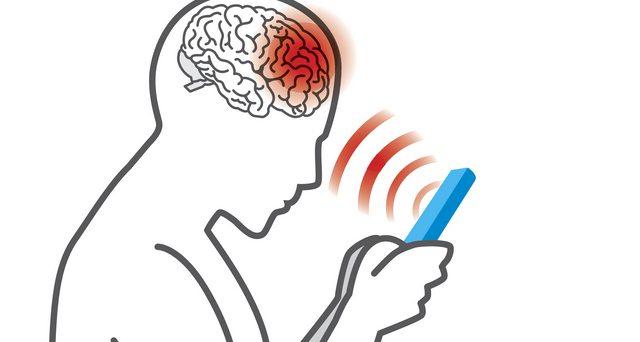 Quante radiazioni emette il tuo smartphone? Ecco come scoprirlo con una semplice app da scaricare sul device.