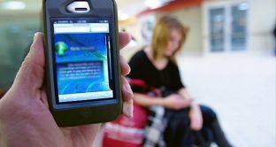 Importunati da telefonate moleste? Vittime di stalker? Ora basta! Ecco i servizi online che vi fanno scoprire chi è che vi sta chiamando.