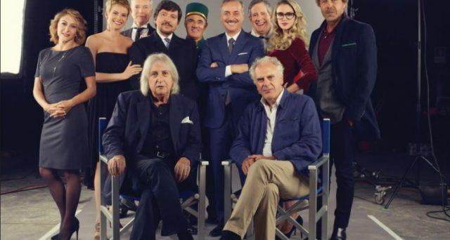 Anche su Netflix arriva il cinepanettone con Natale a 5 Stelle, il nuovo film strizzerà l'occhio alla satira politica. Cast e data d'uscita.