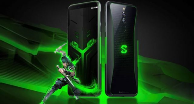 Xiaomi Black Shark Helo, RAM da 10 GB e display AMOLED da 6.1""
