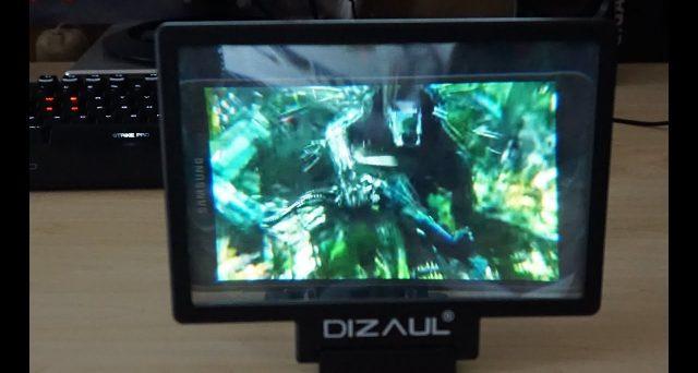 Volete vedere un film sullo smartphone, ma il display è troppo piccolo? Conoscevate gli ingranditori? Eccone alcuni.