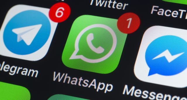 WhatsApp vs Telegram, la sfida tra pro e contro