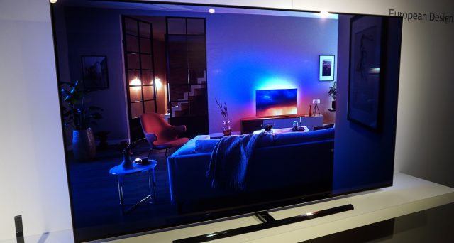 Smart TV in offerta per il Cyber Monday, ecco le proposte di Amazon