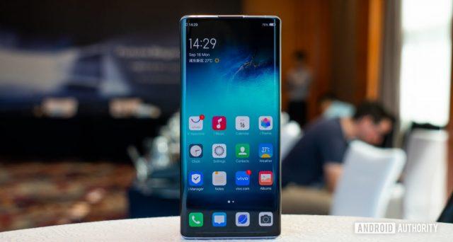 Gli smartphone più venduti nell'anno che se n'è andato? Eccoli.
