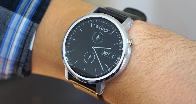 Motorola Moto 360, lo smartwatch arriva a dicembre a 350 euro