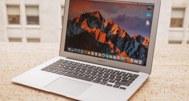 Via questi MacBook dall'assistenza Apple, diventano obsoleti.