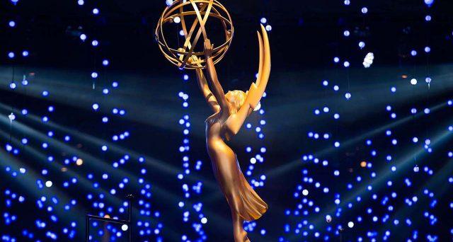 Giornata di nomination negli USA, il 20 settembre ci sarà la premiazione degli Emmy 2020, domina Whatcmen per numero di nomination, 26, mentre Netflix è la produttrice che ne ha ottenute di più, 126 contro le 107 di HBO. Ma vediamo tutti i candidati: Nomination Emmy 2020 Miglior serie comedy Curb Your Enthusiasm (HBO), Dead […]