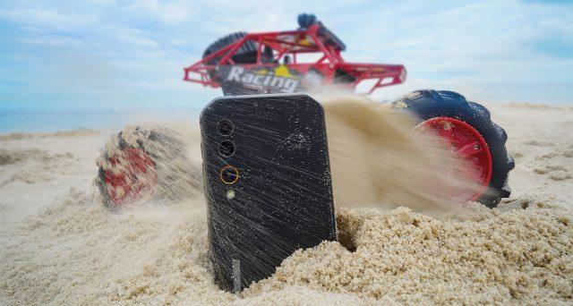 Lo smartphone Blackview BV9900E che non si distrugge mai, scheda tecnica e prezzo.