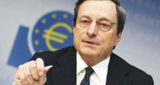 Mario Draghi in conferenza stampa su tassi d'interesse
