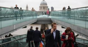 Brexit, sterlina avanza su apparenti buone notizie