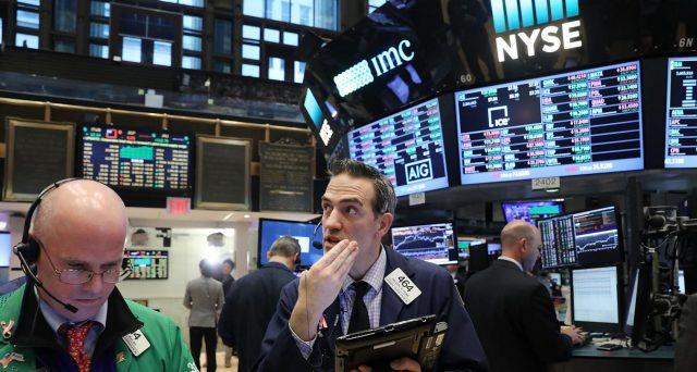 b8e0e22c13 Mercato azionario americano ufficialmente in fase di correzione. Ecco cosa  potrebbe accadere da qui in