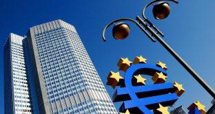 Il rialzo dei tassi si avvicina e Draghi avverte l'Italia
