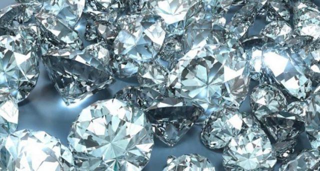 Diamante come bene d'investimento, abbiate fiducia'. Così l'esperta  gemmologa ci parla delle pietre preziose