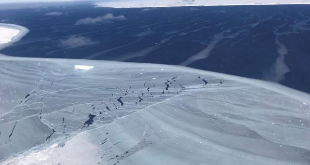 nasa-iceberg-larsen-2