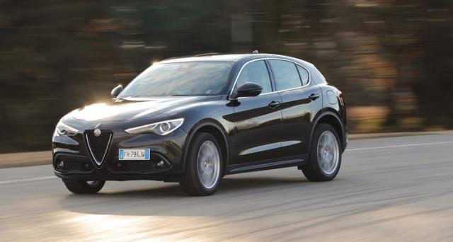 Alfa Romeo Stelvio: debutta la versione a trazione posteriore