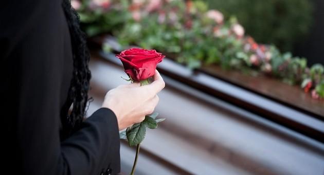 chi-paga-funerale