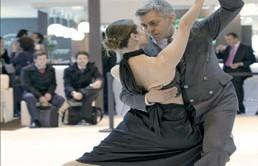 tango-bond-258