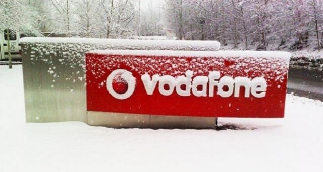 Vodafone si rivoluzionerà completamente: dallo slogan al logo e arriveranno tariffe più convenienti nonché Vei, l'operatore low cost del marchio rosso.